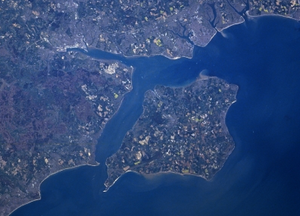 satellite photo of Isle of Wight